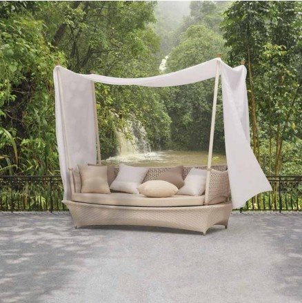 Bali Dreams 3-Seater Couch with Canopy