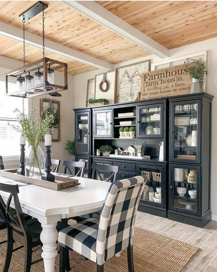 Farmhouse Homes On Instagram Look At This Beautiful Country Dining Room Farmhouse Dining Rooms Decor Modern Farmhouse Dining Modern Farmhouse Dining Room
