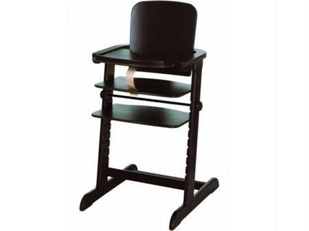 Стульчик для кормления Geuther Family (колониаль)  — 18280р. --- Очень милый и оригинальный стульчик для кормления прекрасно подойдет как для мальчиков, так и для девочек. Эта модель отличается высоким качеством используемых материалов и удобной эргономикой. Помимо этого, наличие ремней безопасности дает дополнительные преимущества. Стульчик можно использовать как отдельно стоящее устройство, а также и устанавливать на взрослый стул. Кроме этого, благодаря складывающейся конструкции, изделие…