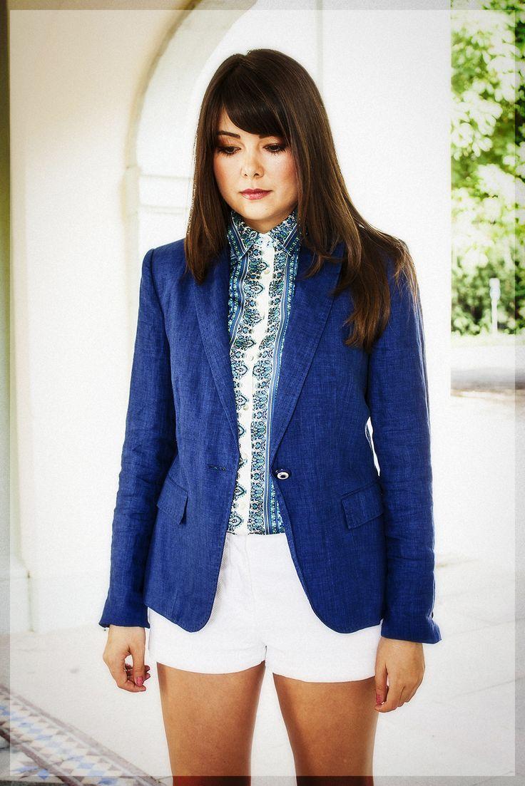 Into the blue on fashionambit.com