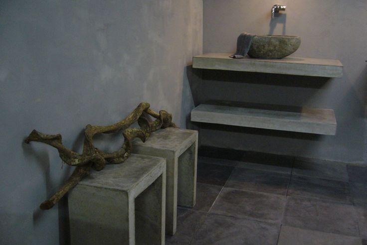 Zwevende wastafel van beton solidus meubelen chere pinterest van and met - Badkamer beton wax ...
