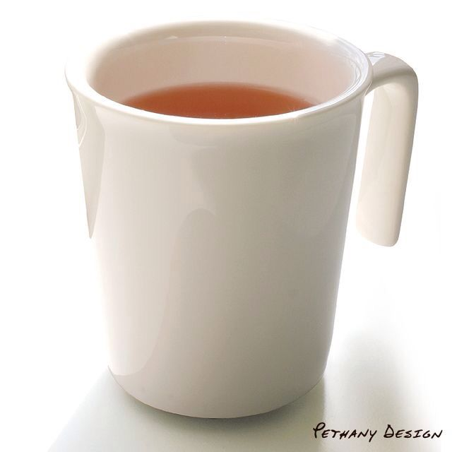 [ Pure Kissing Mug ] Material: Porcelain; Designed in 2007 for Pethany+Larsen. Made in Taiwan.