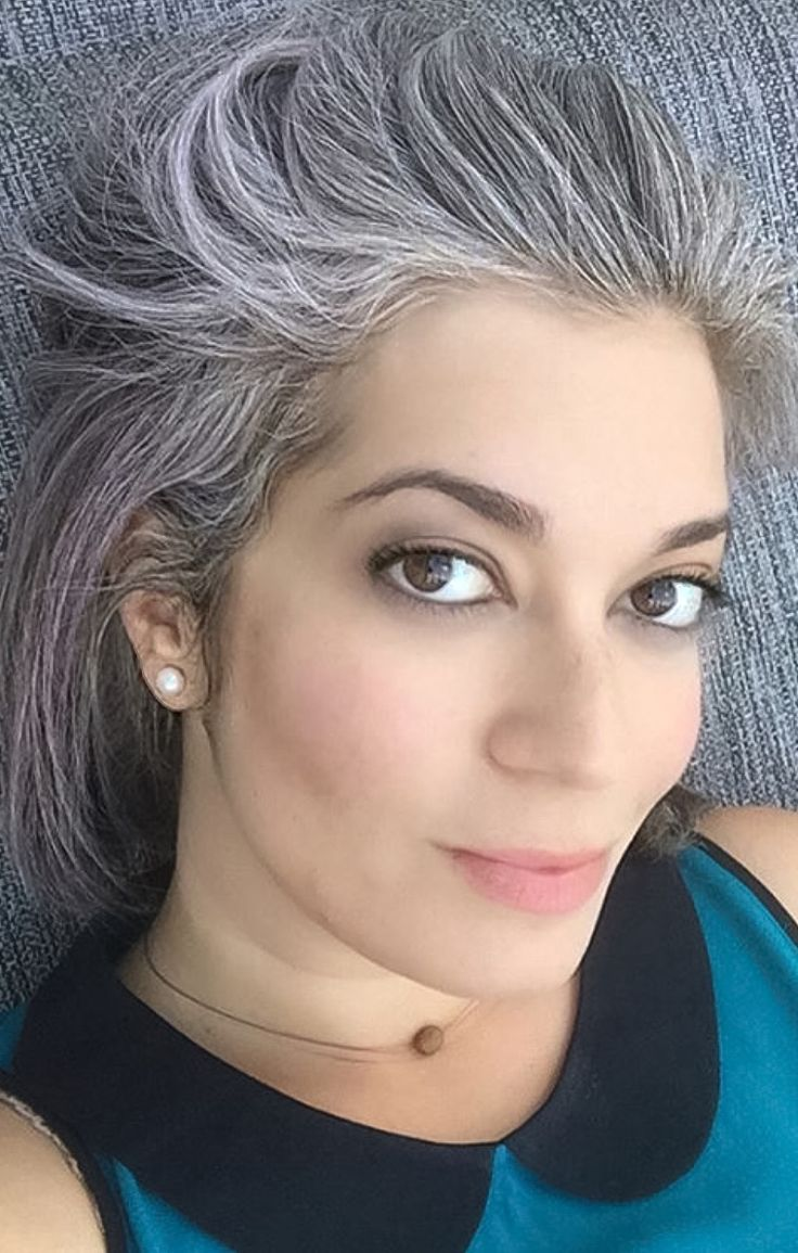 Best Stylish Women With Graysilversaltnpepper Hair Images - Silver hair styles