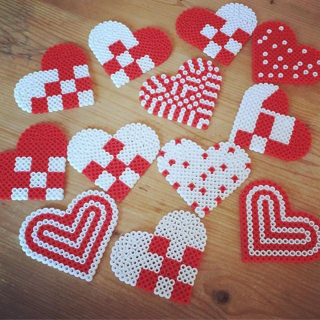 Christmas ornaments hama beads by jasminsin_