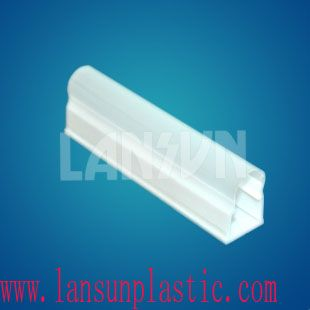 T5 coextruded LED tube Description: 1. Polycarbonate extrusion for T5/ T8 LED light tube, light housing. main application in LED Tube Light to create a uniform light ; 2. Diffusing polycarbonate material to achieve light diffusion, also help to get optimal luminance. http://www.lansunplastic.com/