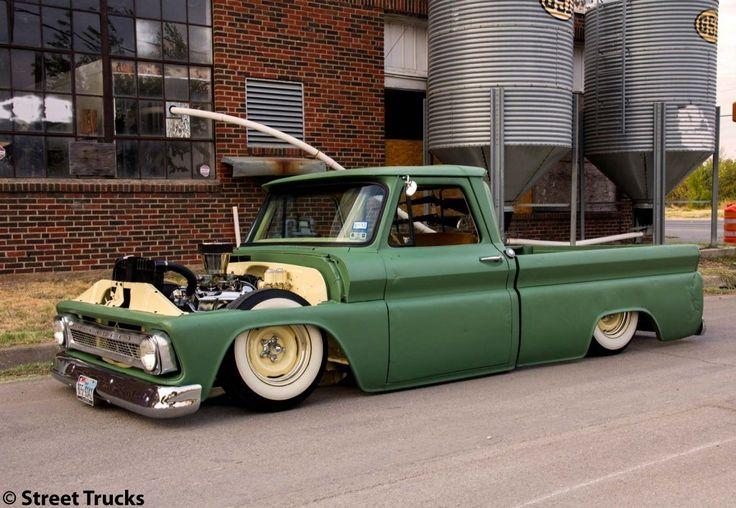 JR's '65 Chevy C-10