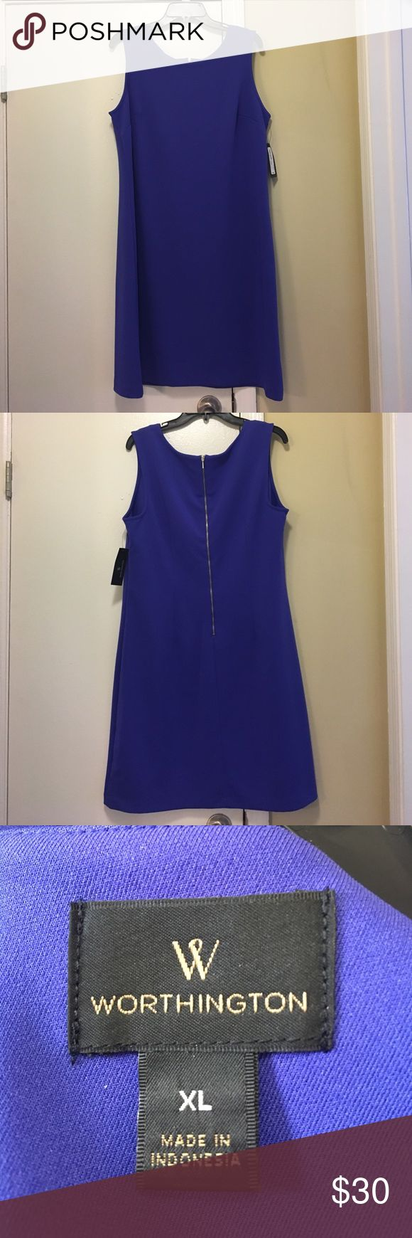 Worthington Rich Royal Dress Size XL This is another perfect-for-work dress! It is 93% polyester and 7% spandex so it's very comfortable. It has an exposed zipper in the back and no slit. It is not lined but does not need it. It hits at the knee. Worthington Dresses