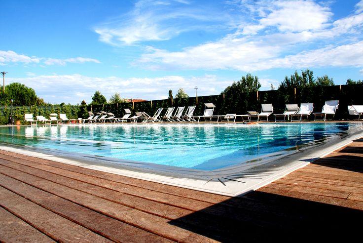Voglia di estate e di caldo? #egowellness #piscina #estate #lucca