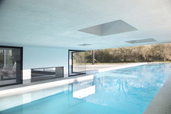 Architecture, Black And White Contemporary Family House: Swimming Pool Under One Of Part Room