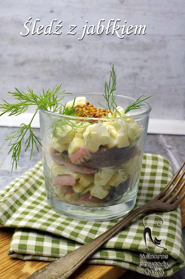 Kulinarne przygody Gatity - przepisy pełne smaku: Śledź z cebulą i jabłkiem