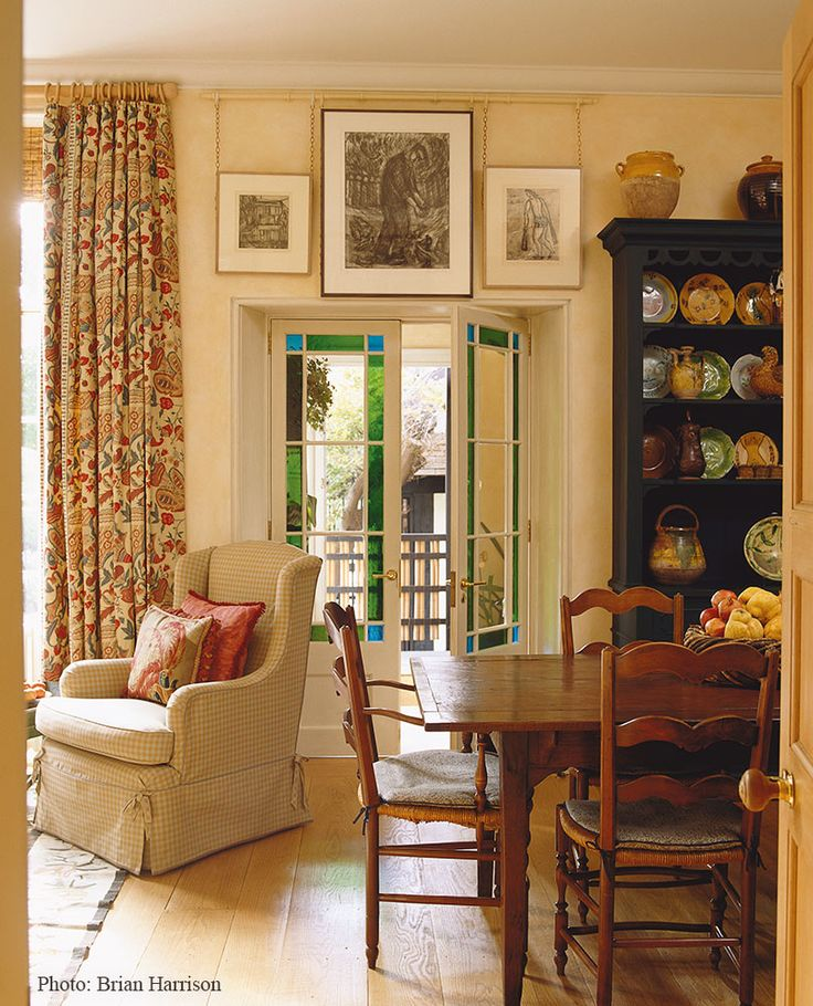 Best Beautiful Interiors Colefax Fowler Images On - Cozy wooden country house design with interior in colors of provence