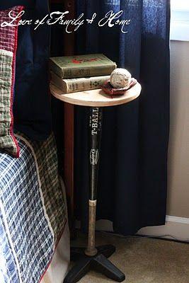 baseball bat nightstand: Side Tables, Plants Stands, Diy Crafts, Boys Rooms, Baseball Table, Diy Gifts, Baseball Bats, Baseb Bats, Night Stands