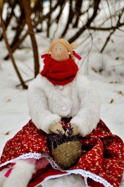 Барыня весну желает. Прекрасная  кукла ,сделанная с большой любовью станет великолепным подарком на любое событие как для ребёнка,так и для девушки и женщины!