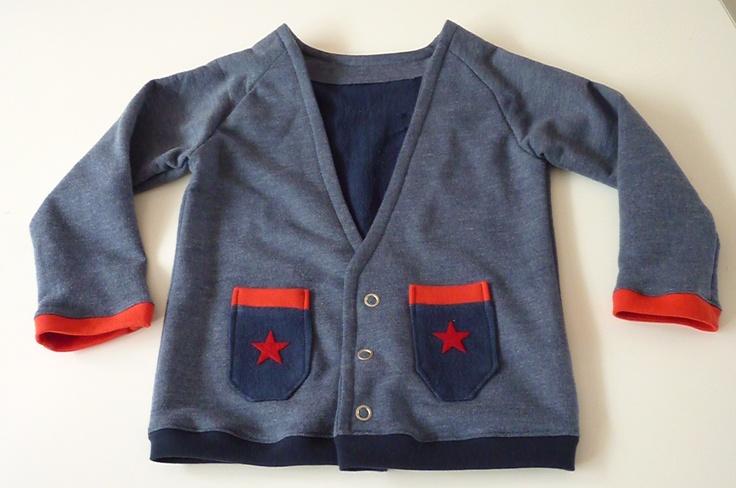 Vest met flock sterren - patroon voor raglan shirt uitgebreid