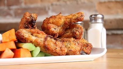 Chicken wings at the Breadalbane Inn & Spa in Elora-Fergus