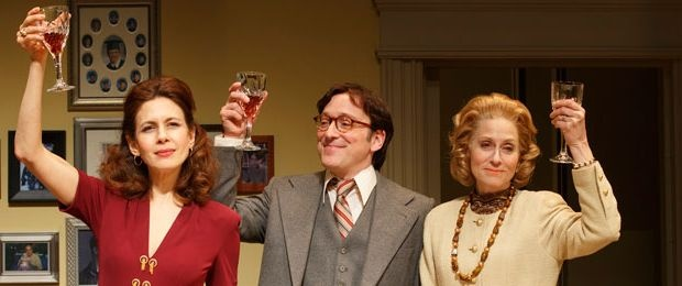 The Green Space - inside look at The Assembled Parties. WIth Jessica Hecht, Judith Light and Jeremy Shamos.