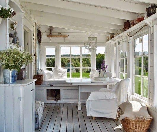 25 Best Ideas About Enclosed Front Porches On Pinterest