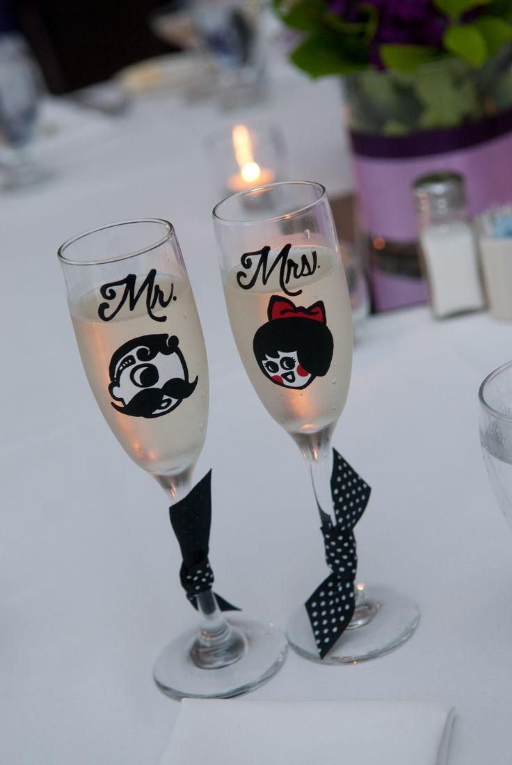 Boh Utz champagne flutes (www.icedgemsbaking.com)   baltimorewedding