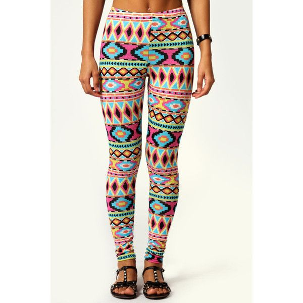 Boohoo Rebekka Aztec Print Leggings ($16) ❤ liked on Polyvore featuring pants, leggings, bottoms, jeans, womens trousers, rayon pants, women pants and aztec print leggings