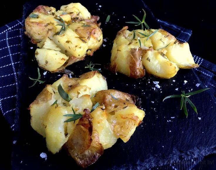Sprøde knuste kartofler med bearnaisesmag - super lækkert tilbehør til en lang række kødretter. Få den nemme opskrift lige her...