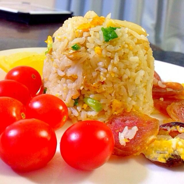 レシピとお料理がひらめくSnapDish - 25件のもぐもぐ - ข้าวผัดกุนเชียง  by kritt