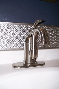 pressed metal splashback - you could do something similar with our #Savannah #PressedTinPanels. Love that TAP too!