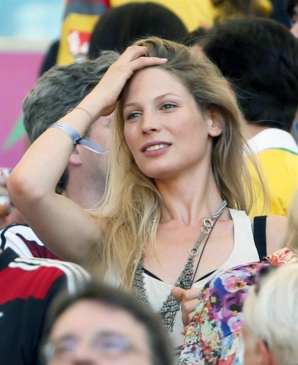 . Rio De Janeiro (Brazil), 04/07/2014.- Sarah Brandner, girlfriend of Germany's Bastian Schweinsteiger, on the stands during the FIFA World Cup 2014 quarter final match between France and Germany at the Estadio do Maracana in Rio de Janeiro, Brazil, 04 July 2014. (RESTRICTIONS APPLY: Editorial Use Only, not used in association with any commercial entity - Images must not be used in any form of alert service or push service of any kind including via mobile alert services, downloads to mobile…