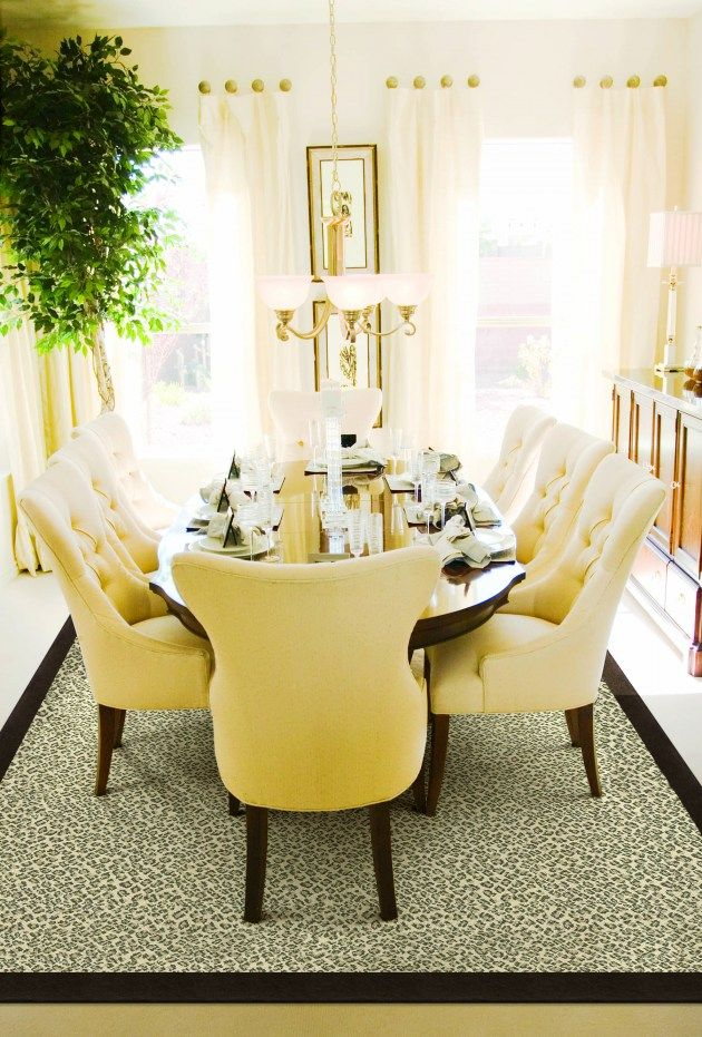 I love this lemon yellow dining room-! Those chairs just look so happy. : )