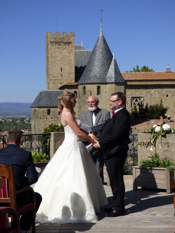 A medieval chateau wedding at Hotel la Cite, Carcassonne. September 2016. Photograph by Cherry Thatcher