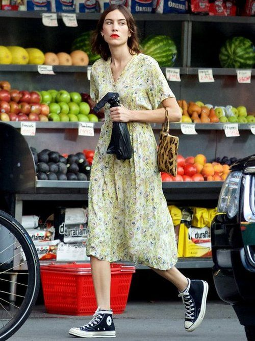 5 Summer Style Lessons from Alexa Chung