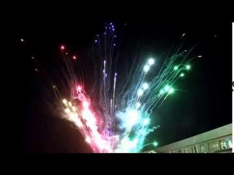 !Nueva forma de celebrar con Juegos Pirotecnicos Silenciosos¡ Info: 3184001657/ 3003574704 www.magiaycolor.com