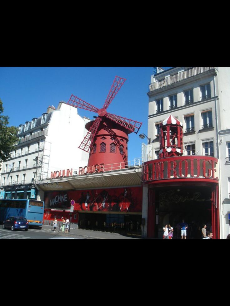 Moulin Rouge.  Paris