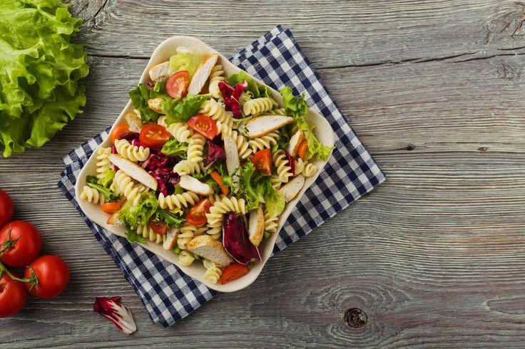 Těstovinový salát s kuřetem | Recepty.Blesk.cz