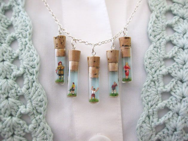 Mini Folk Charm Necklace #DIY #jewelry #tutorial #charm #necklace