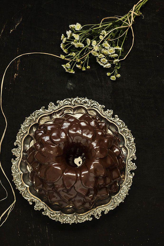 """Bundt cake de chocolate glaseado o """"Muerte por chocolate"""""""