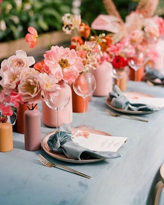 38 Living Coral Wedding Decor Ideas To Brighten Up Your