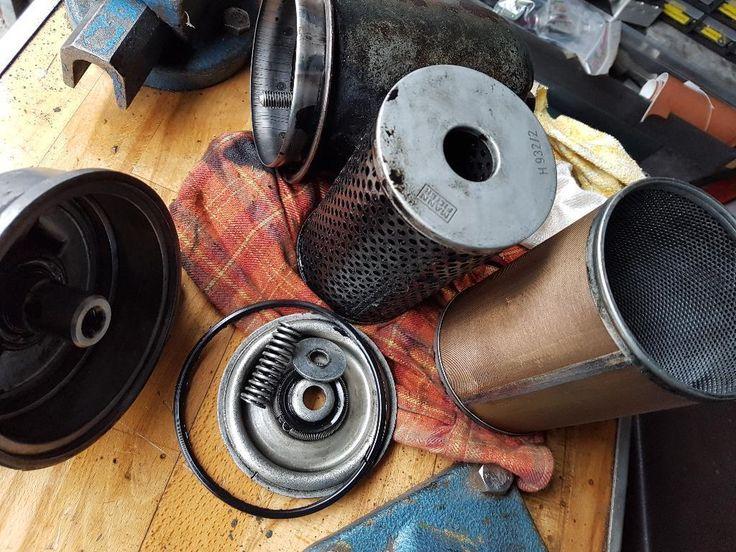 Verkaufe ein Ölfiltergehäuse mit kpl. Innenleben von einem Fendt Farmer 2 mit 110,5 er Motor. Es...,MWM, Fendt,  Farmer, Dieselross Öltfilter in Dormagen - Dormagen
