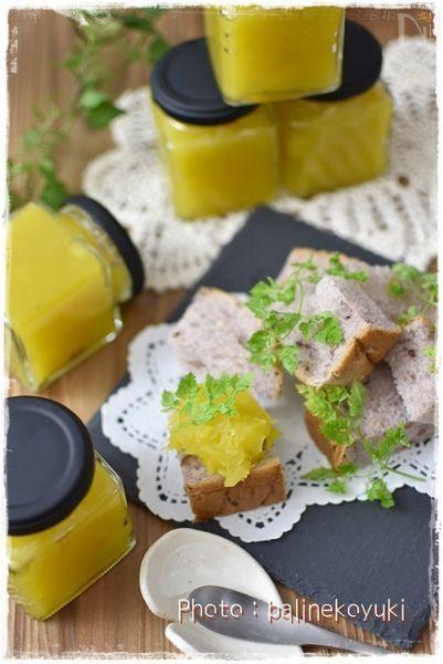 ワンダーシェフ「あなたとわたしの圧力魔法鍋」を使ってさつま芋のジャムを作りました。  神戸屋さんの「円熟 五穀」と一緒にいただきました♪
