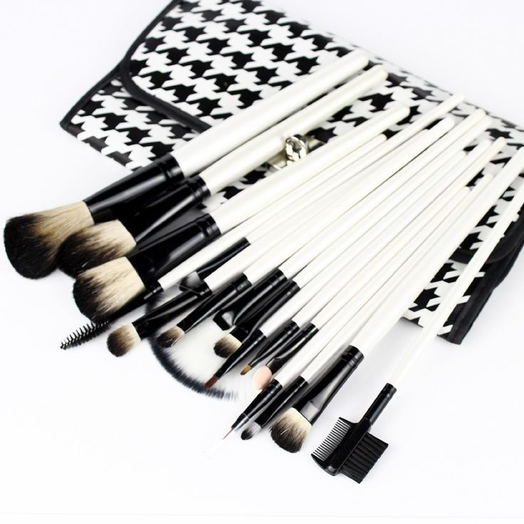 2017 high quality Soft Makeup Brushes Woolen Handle Cosmetic Foundation Set + Bag 16pcs/set