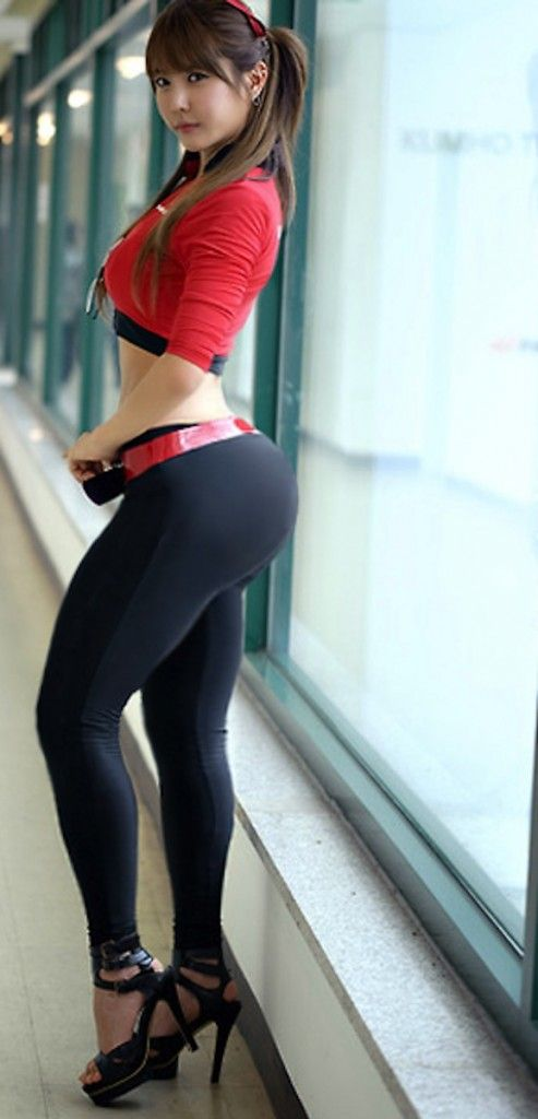 nude asian girls in leggings