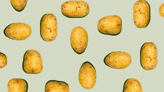 Bietensoep met paddestoel en aardappel