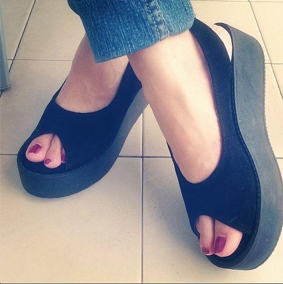 Mira este artículo en mi tienda de Etsy: https://www.etsy.com/es/listing/190761242/platform-leather-handmade-sandals-women