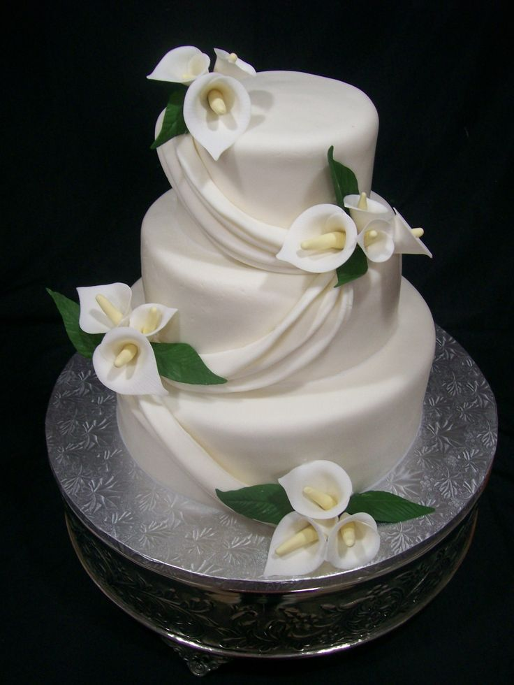 calla lily cake - except with purple calla lilies