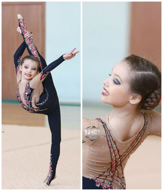 Rhythmic gymnastics leotard: