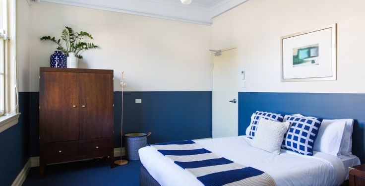 Bridgeview Hotel Willoughby hertiage Sydney Pub with with restaurant, budget hotel pub accommodation with newly renovated rooms. Book online today. Free parking and a direct bus route to Sydney city.