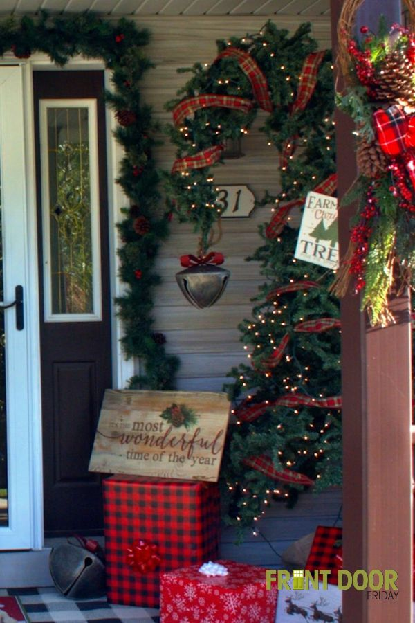Farmhouse Christmas Front Door Decorating christmas decorations