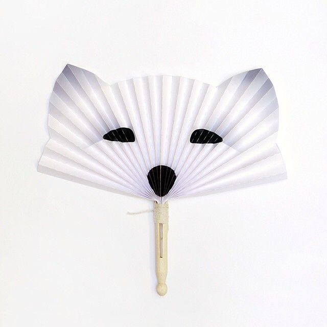 Get ready for summer with some fun projects under Summer Crafts on MR P!  We love this arctic fox fan to bring some icy breeze your way ❄️