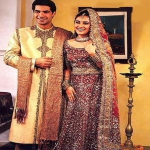 Traditional Indian Dresses For Wedding Parties
