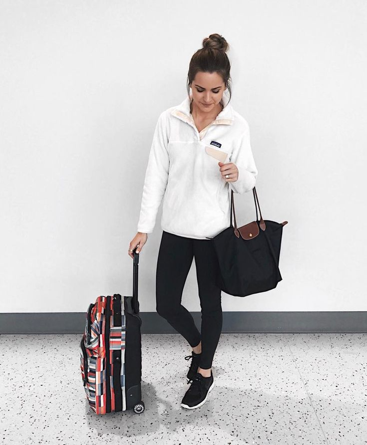 Today's cozy travel look on our way back to MN.  I'd wear this soft fleece pullover everyday if I could! Bummed our little trip to AZ is over but had such a good time!  Time to catch up on our TV shoes and eat some sushi take out.  || Shop my travel outfit here: http://liketk.it/2q8a5 @liketoknow.it #liketkit