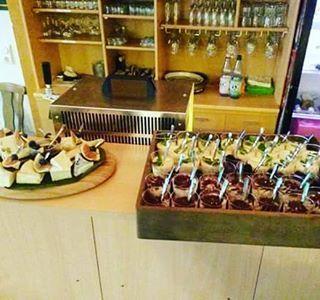 Catering Partyservice Spirituosen von Inn-out Feinkost Leipzig #innandout #centrallocation #foodiegram #bbq #catering #leipzig #partyservice #location #foodporn #hochzeit #heiraten #location #food #foodporn #cocktails #spirit #instafood #centralweddingmarket #wedding #weddingcake #weddingdress #weddinghair #hochzeitsmesse #hochzeitslocation #hochzeitskleid #hochzeitsfotograf #hochzeitstorte #hochzeiten